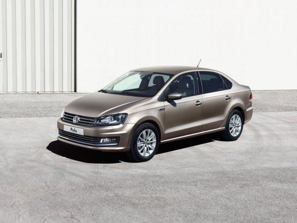 500 000 км для него не предел: Почему россияне до сих пор покупают подержанный Volkswagen Polo пятого поколения