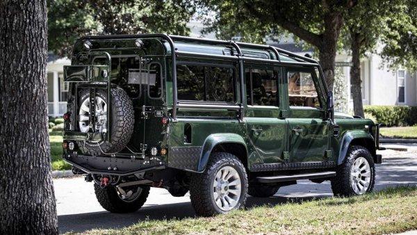 УАЗ «Хантер» тоже так хочет: Показан шикарный тюнинг Land Rover Defender