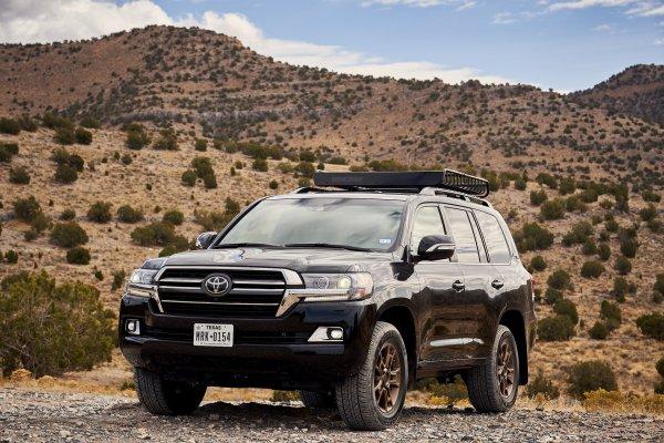 «Лакшери» закончилось? Toyota Land Cruiser 300 лишится не только моторов V8, но и привычной роскоши